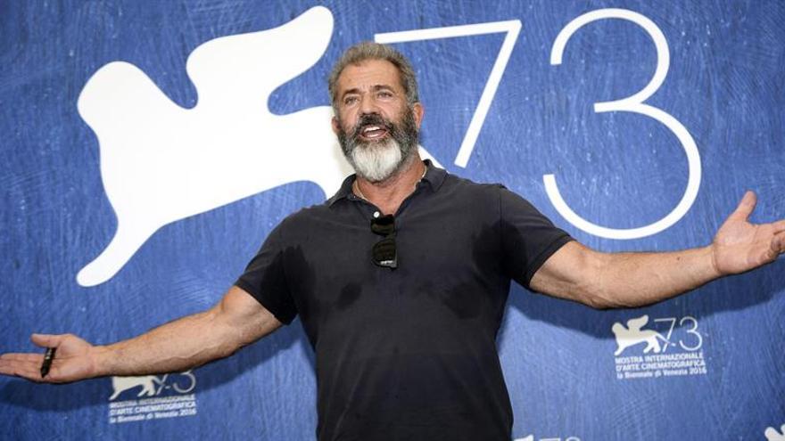 Mel Gibson, Colin Firth, Jude Law y Nicole Kidman aterrizan en la cartelera