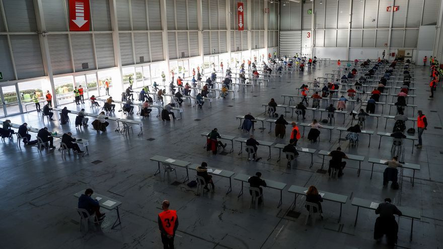 El Gobierno plantea a los sindicatos una oferta pública de empleo de 20.697 plazas