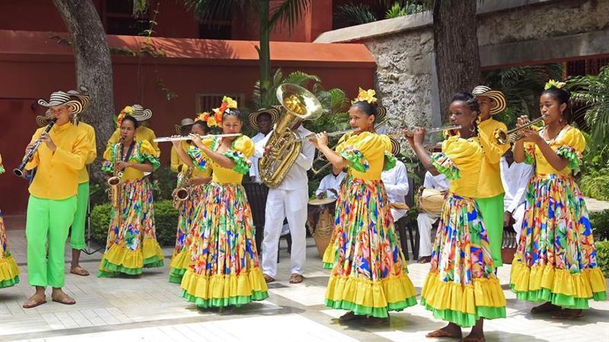Niños colombianos afrodescendientes viajan en intercambio cultural a EE.UU.