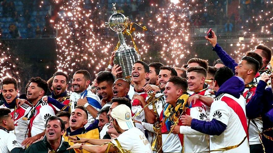 River Plate celebra su Copa Libertadores en el Santiago Bernabéu de Madrid
