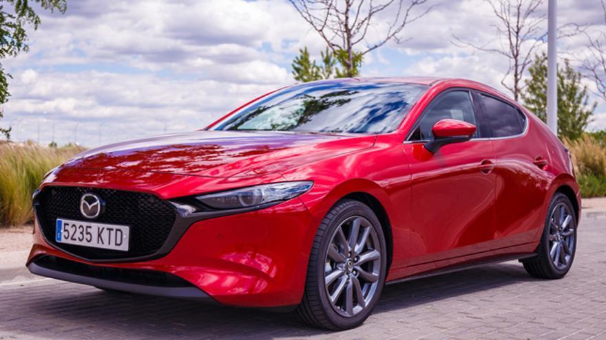 El Mazda3, imposible no pararse a mirarlo.