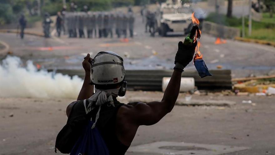 Así es hoy la Caracas de los trancones y las barricadas