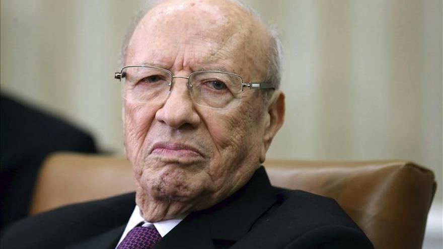 """El presidente de Túnez afirma que 2016 será """"el año de las grandes reformas"""""""