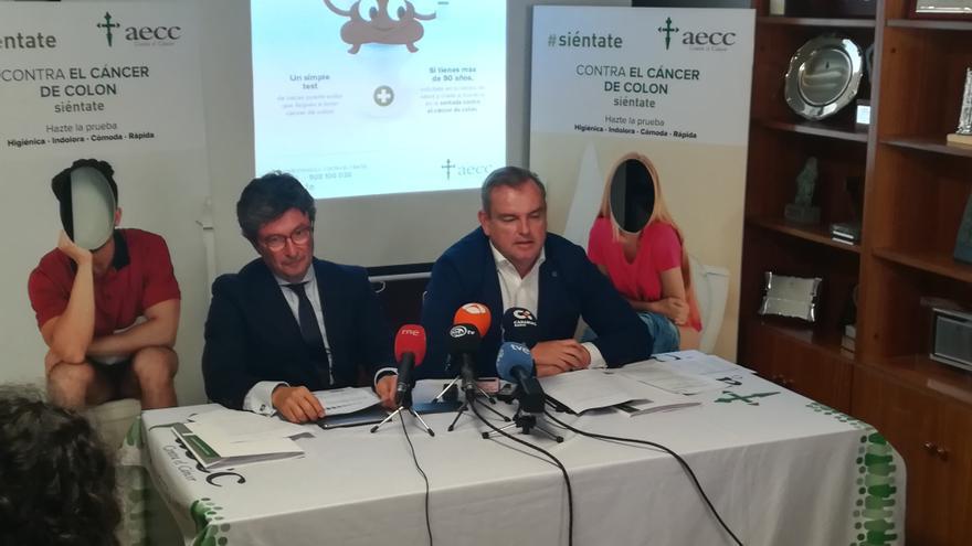 Momento de la rueda de prensa de este jueves en Santa Cruz de Tenerife, con Andrés Orozco a la izquierda