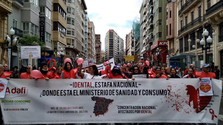 Manifestación de afectados de iDental.
