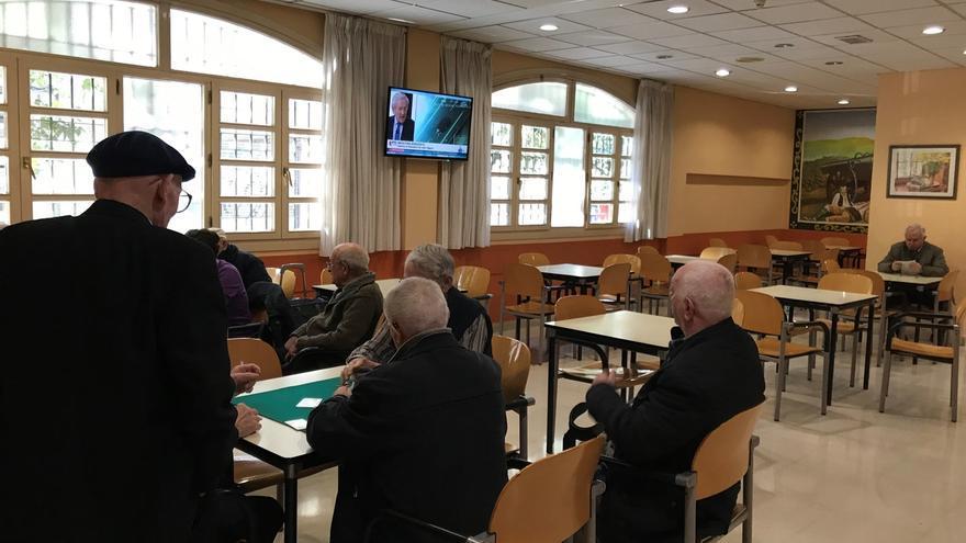 La UPV/EHU edita una guía práctica de alimentación para personas mayores