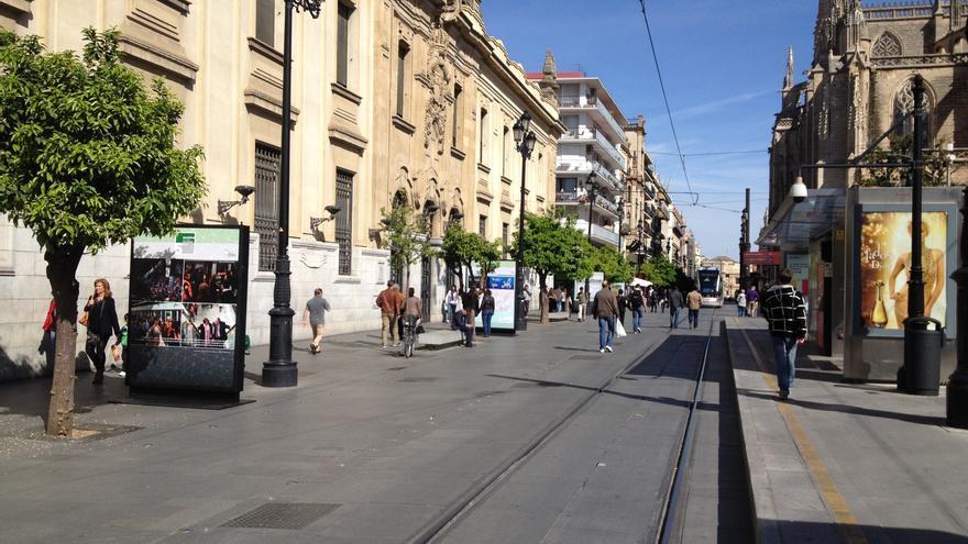 Exposición por el quinto aniversario del Metro de Sevilla.