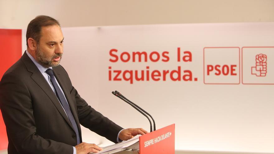 """Ábalos dice que """"es una broma hablar de pacto de la libertad"""" en Madrid con """"personas con nostalgia de la dictadura"""""""