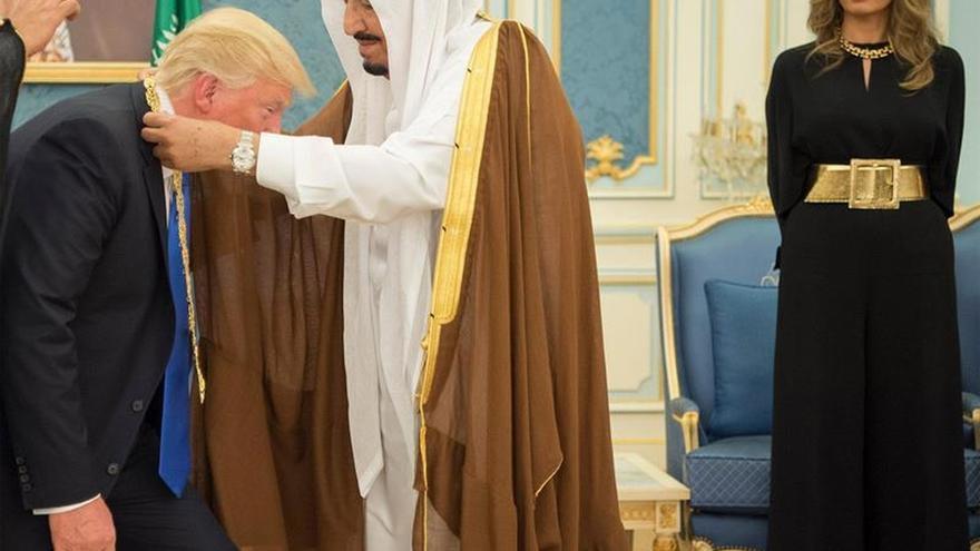Donald Trump y el rey Salman se reúnen para reforzar su alianza estratégica