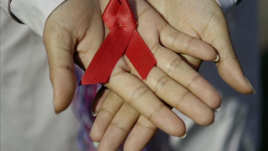 La OMS dice que las personas que más necesitan ayuda contra el VIH son las que menos reciben