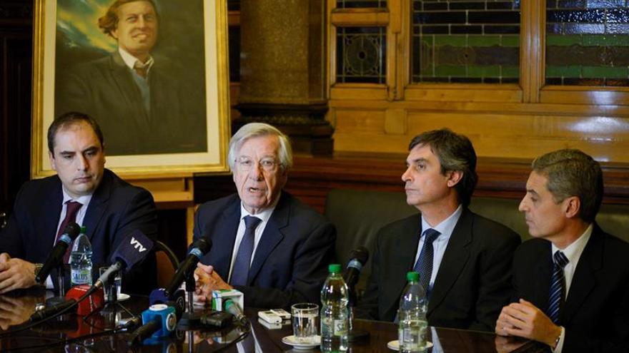 Gobierno uruguayo presenta en el Parlamento la Rendición de Cuentas de 2015
