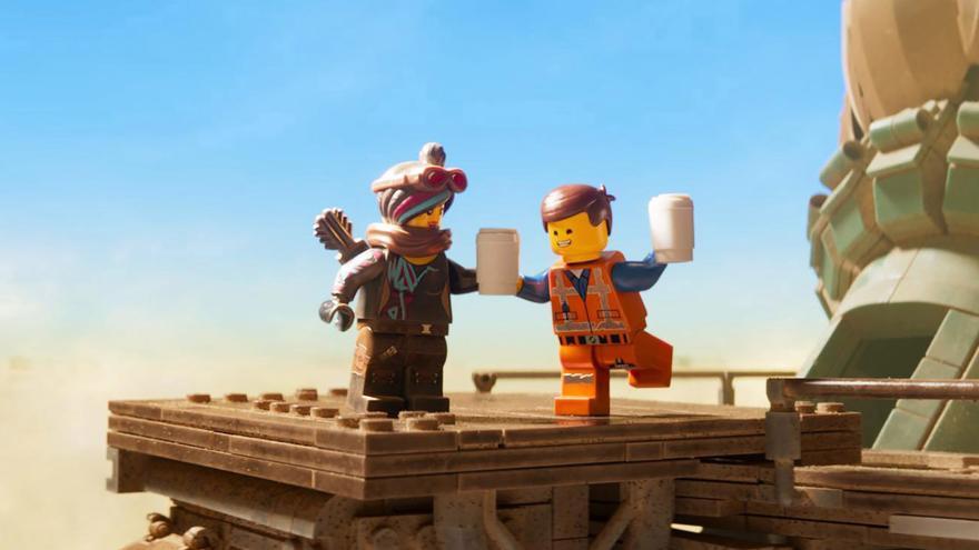 Lucy y Emmet en 'La LEGO película 2'