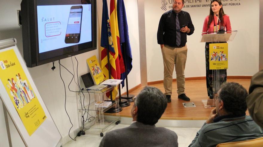 La consellera de Sanitat, Carmen Montón, en la presentación de la APP