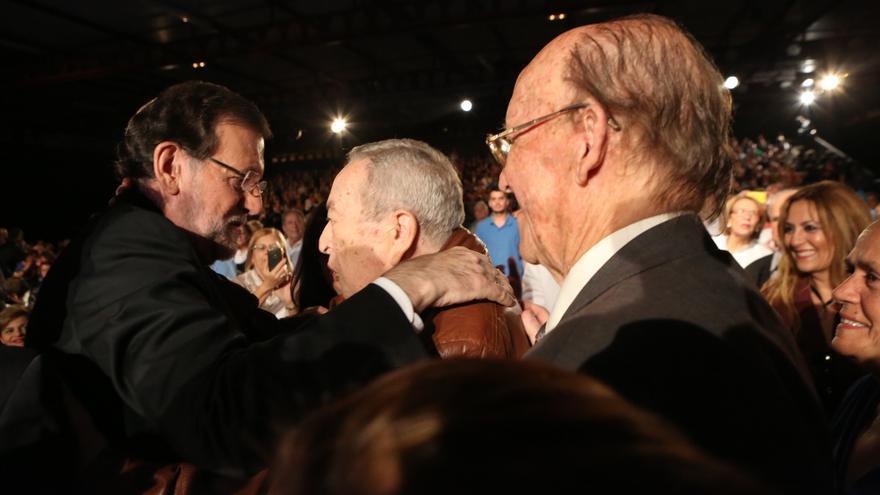 Mitin de Mariano Rajoy y José Manuel Soria en Infecar, Gran Canaria. (ALEJANDRO RAMOS)