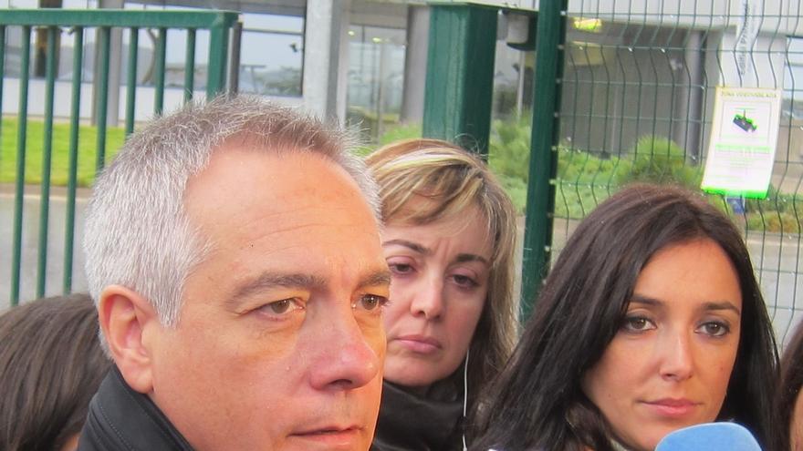 Pere Navarro cuestiona que miembros del PSC acudan a la Assemblea Oberta que promueve ICV-EUiA