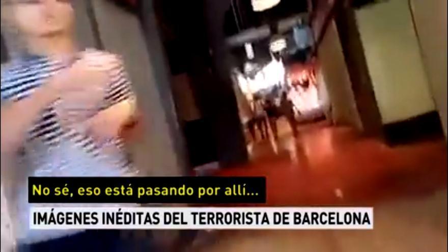 Antena 3 emite imágenes inéditas de la huida del principal terrorista de Las Ramblas