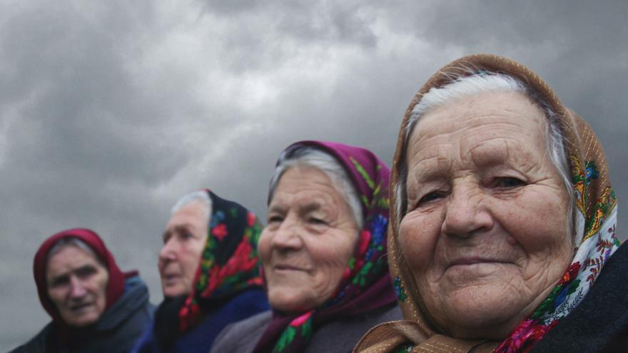 The Babushkas of Chernobyl   Documenta Madrid 2016