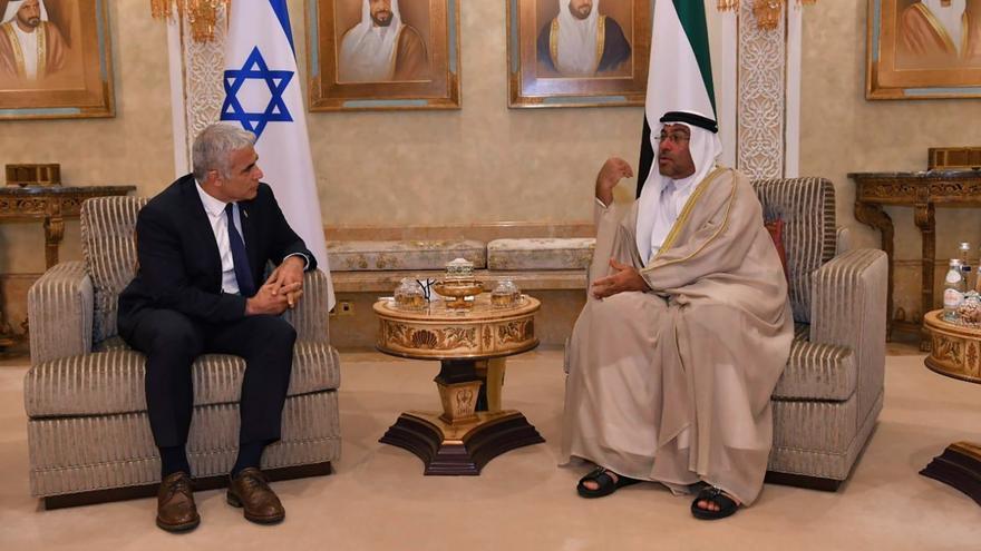 Lapid dice que Israel no se irá de Oriente Medio y llama a la paz