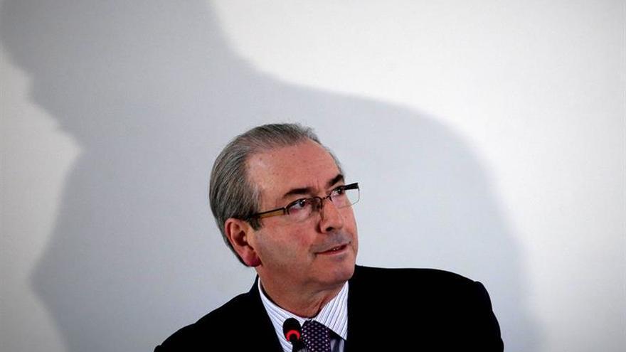 El Supremo rechaza suspender el proceso contra el impulsor del juicio a Rousseff