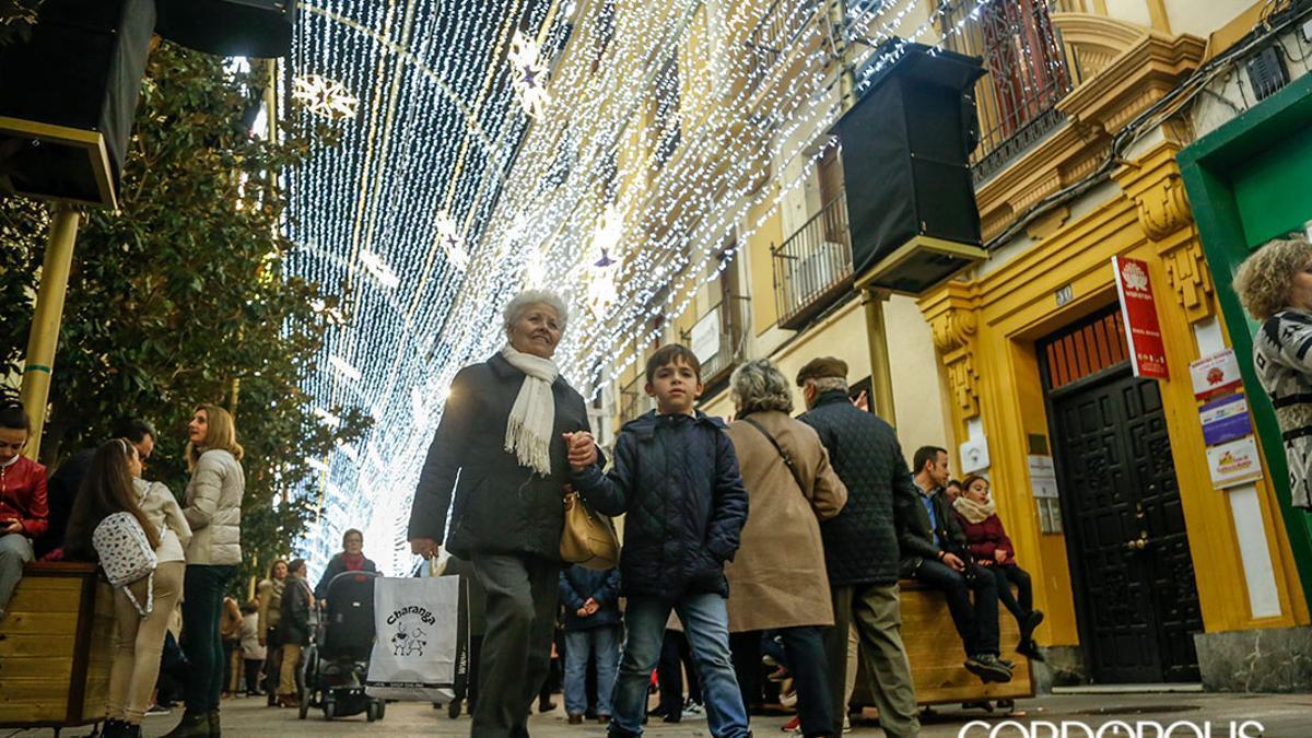 Imagen de archivo del último espectáculo de luz y sonido en la calle Cruz Conde