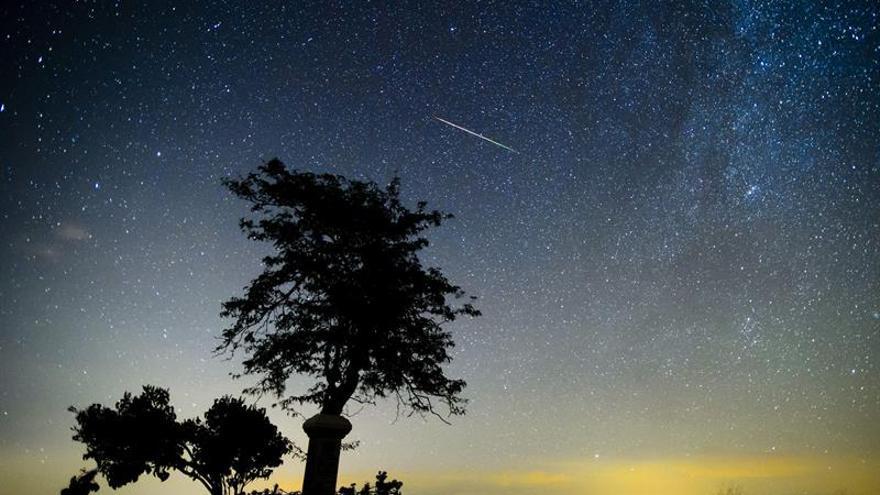 Primeras evidencias de que cometas helados orbitan una estrella como el Sol