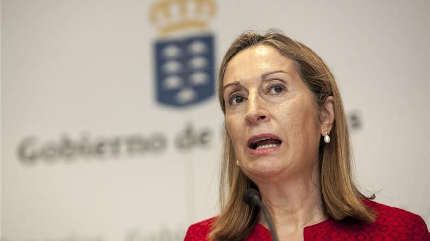 Pastor indica que desde 2012 se han saneado 5.550 millones euros en Fomento