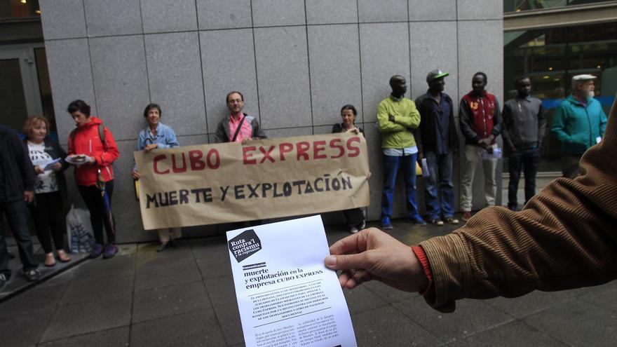 Manifestación previa al juicio la semana pasada Oviedo. Foto: Pablo Lorenzana