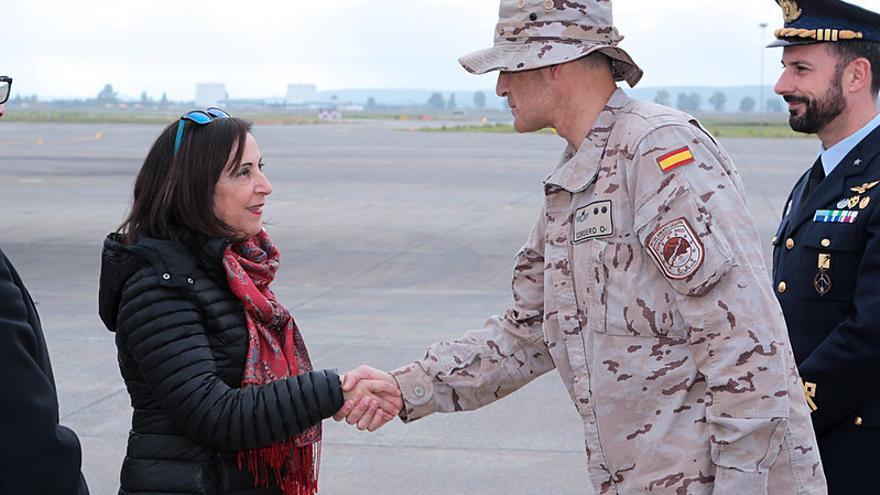 """Robles visita el Destacamento """"GRAPPA"""" de la Operación Eunavfor Med """"Sophia"""""""