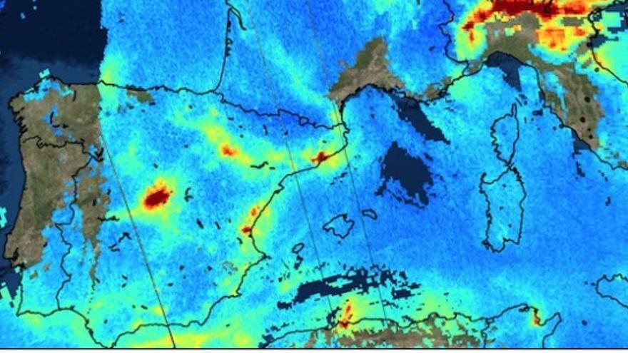 Vista del satétite europeo Sentinel-5P del dióxido de nitrógeno (NO2) en Europa.