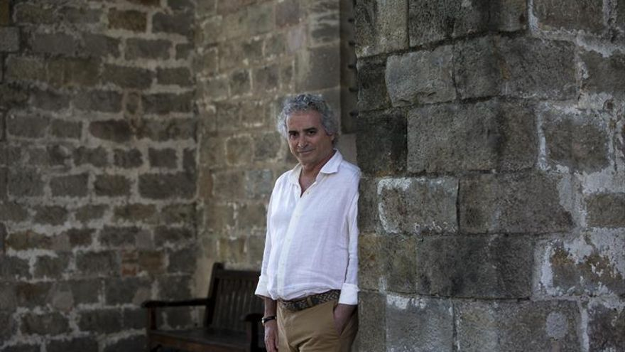 """Falcones vuelve a la Barcelona medieval en """"Los herederos de la tierra"""""""