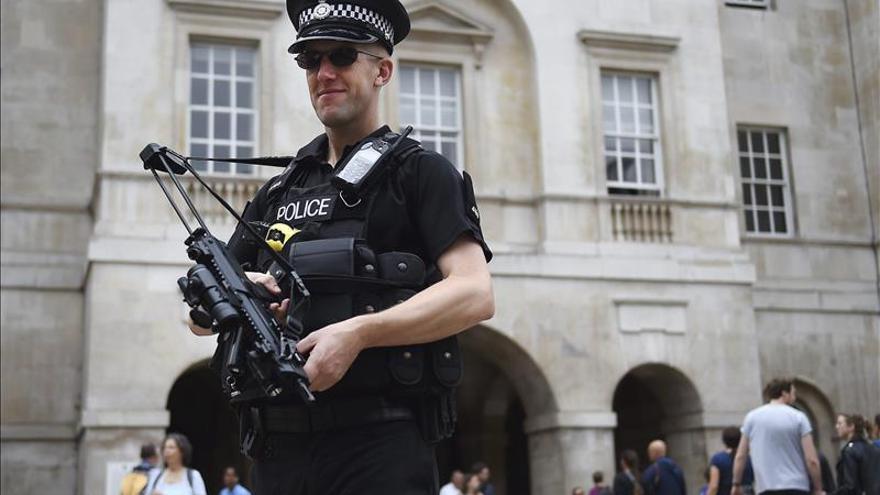 El Gobierno británico aumentará el numero de agentes para la lucha antiterrorista