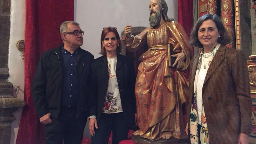 Acto de entrega de la imagen de San Pablo perteneciente a la iglesia parroquial de San Andrés.