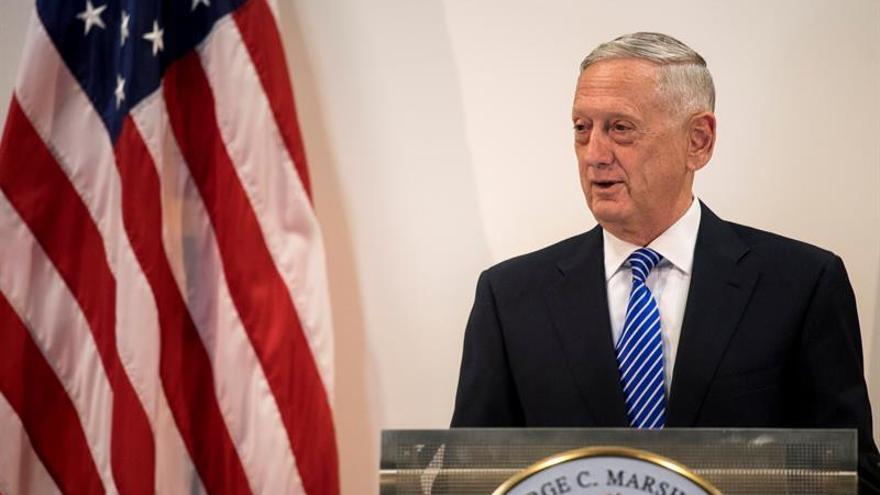 """Mattis anuncia que los """"soñadores"""" del Ejército de EE.UU. no serán deportados"""