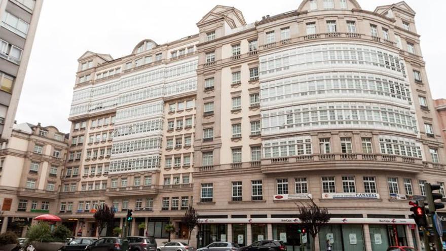 Edificio del Conde de Fenosa, construido ilegalmente en el centro de A Coruña