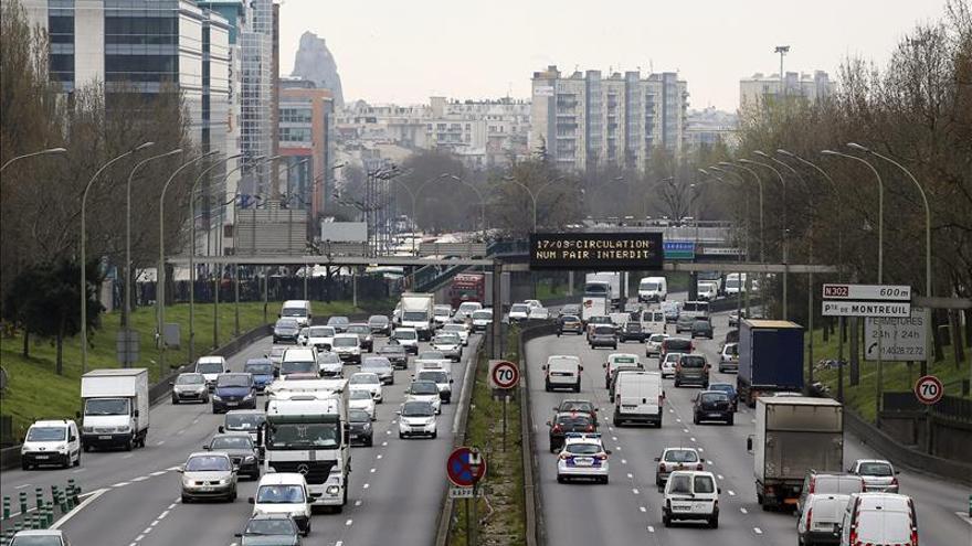 París aplicará la circulación alterna este lunes por la contaminación ambiental