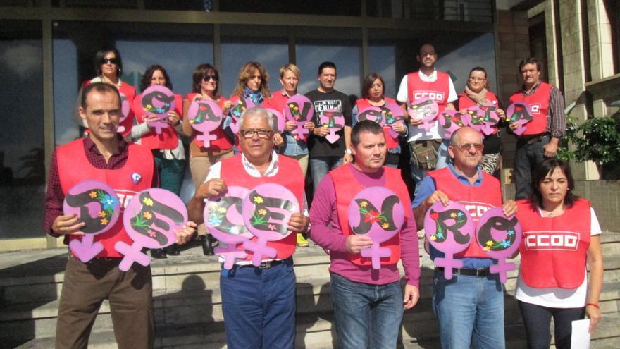 En la imagen, concentración contra la violencia de género de CCOO y UGT. Foto: LUZ RODRÍGUEZ.