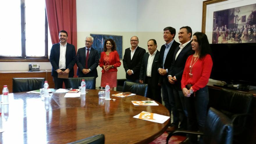 Reunión comité de enlace del pacto de investidura de Andalucía