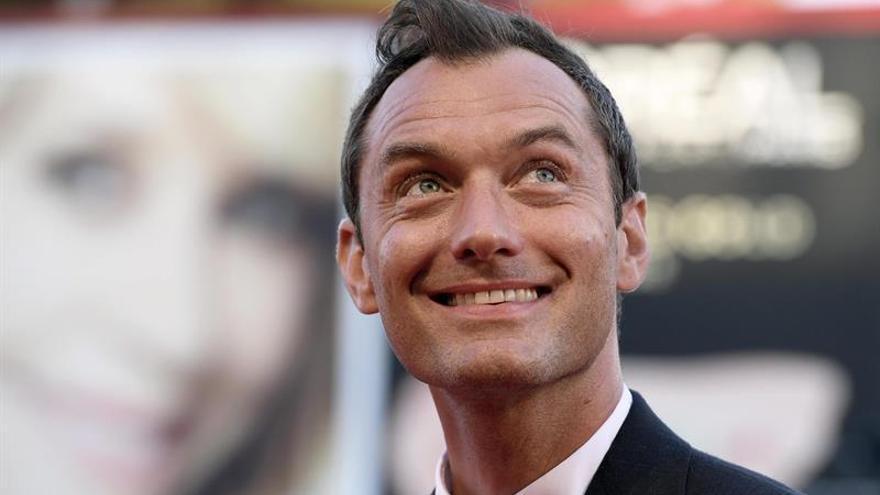 Jude Law: interpretar al papa ha sido un desafío, pero lleno de placer