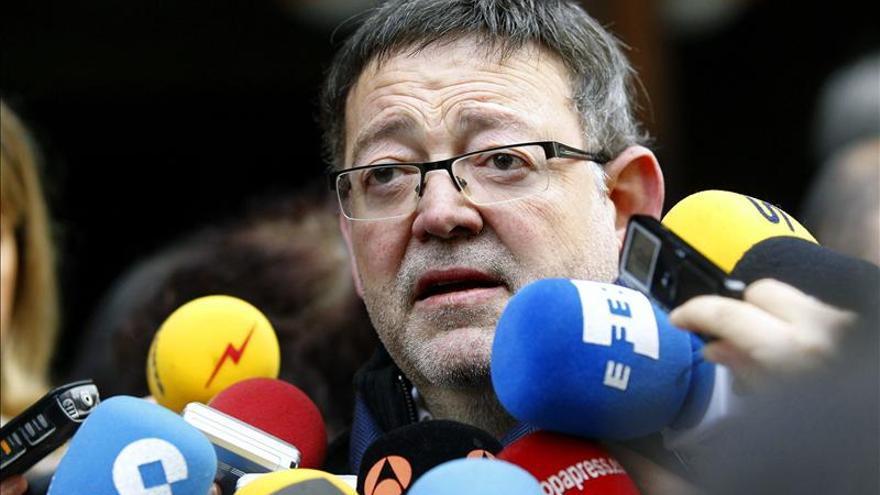 """Ximo Puig aboga por """"estudiar"""" una moción de censura y otras posibilidades"""