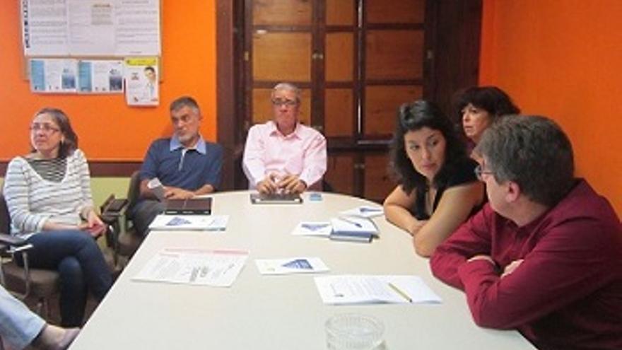 Presentación del documento sanitario este viernes en el Colegio de Médicos de Santa Cruz de La Palma.