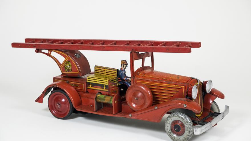 Camión de juguete del Museo de Artes y Costumbres de Sevilla