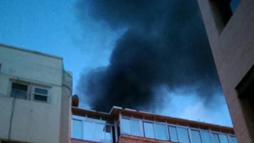 Incendio en un edificio de Tenerife.