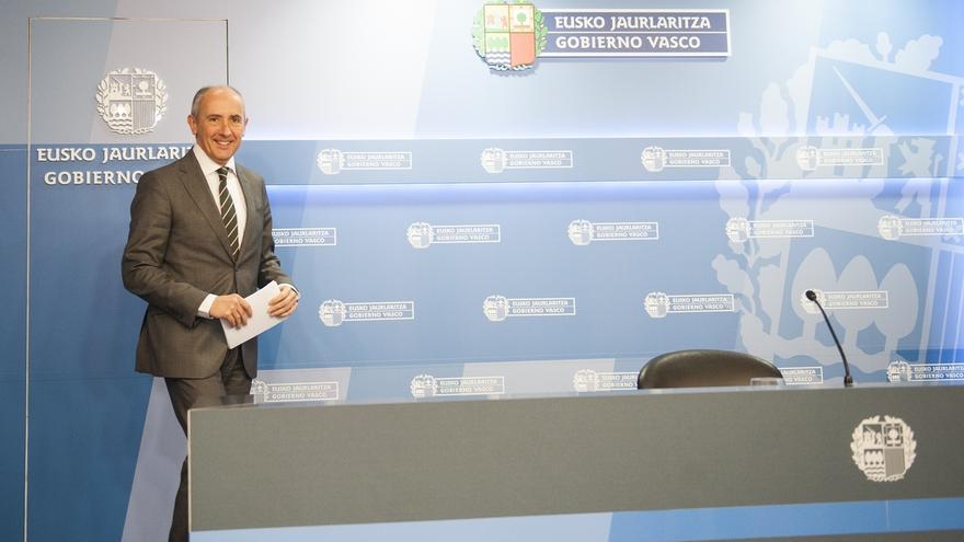"""Erkoreka dice al PP que no se puede """"calificar de regalo"""" a Puigdemont que Urkullu participe en un homenaje a víctimas"""