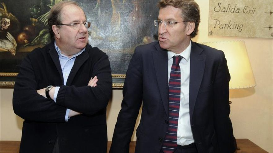 Feijóo aplaude los objetivos comunes de Galicia y CyL y el avance de la macrorregión
