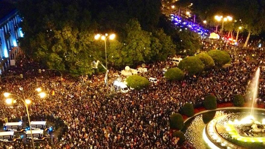 Manifestación en la plaza de Neptuno en Madrid, cerca del Congreso / J.L.S.
