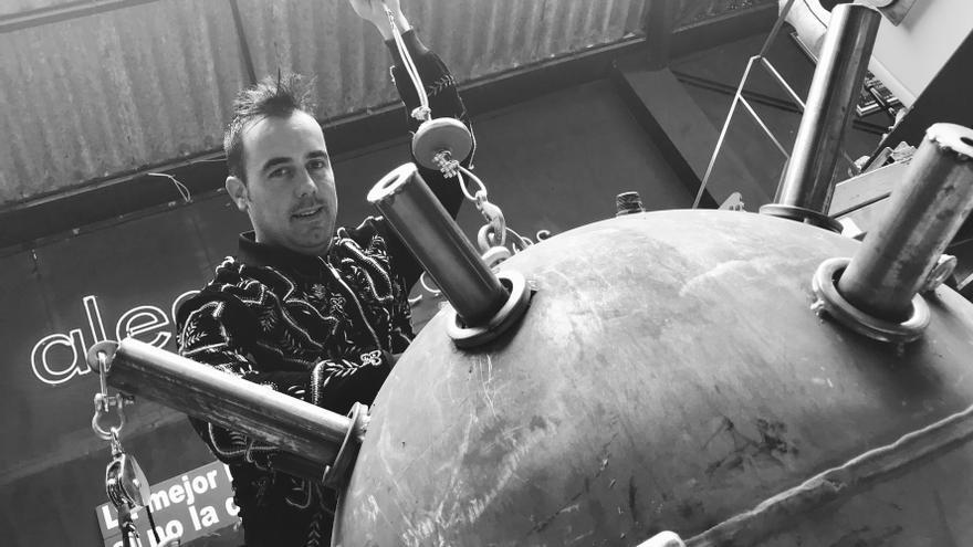 Raúl Alegría inaugura el ciclo cultural con su espectáculo '25 años de magia