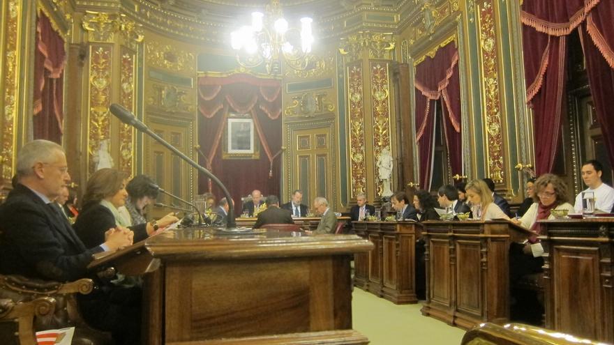 Bilbao aprueba revocar todos los títulos, premios o medallas otorgados por las Corporaciones franquistas