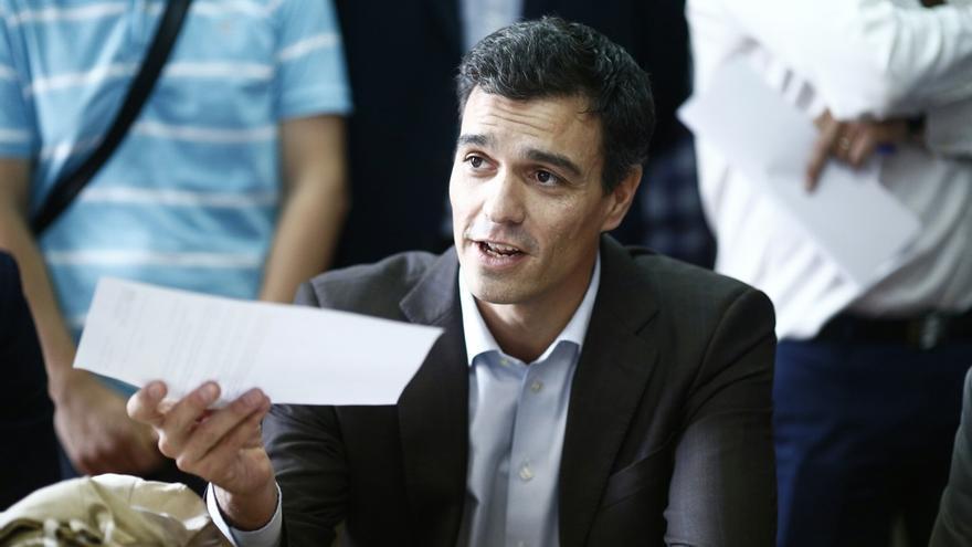 Pedro Sánchez dice que como líder del PSOE integraría a Madina y a Pérez Tapias en la dirección