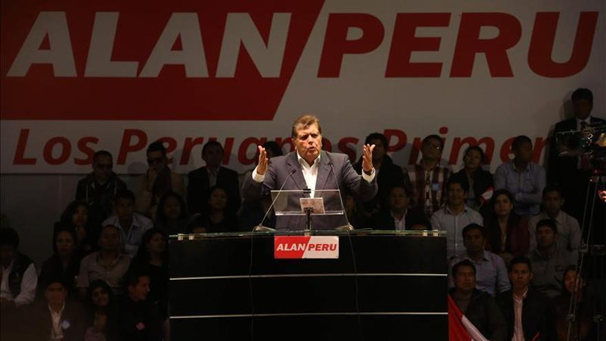 Condenan a exfuncionario de Gobierno de Alan García por favorecer a narcos