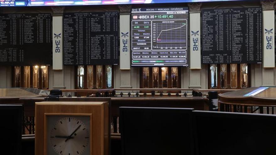 El Tesoro vuelve a subastar deuda a largo plazo tras el parón de agosto